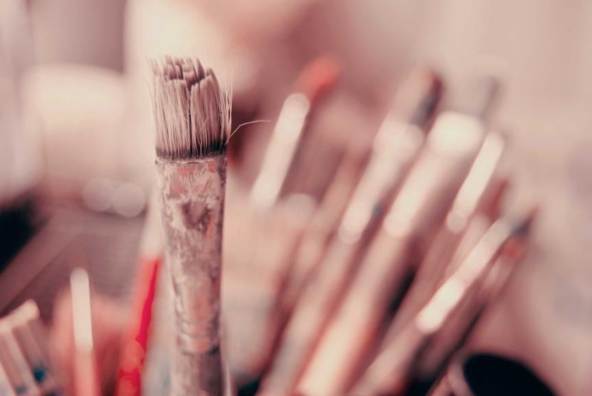 brush-3184356_1920