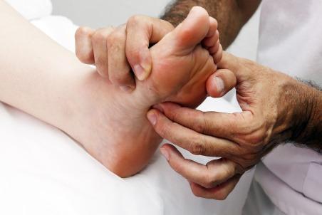foot-reflexology-3781174_1920