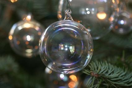 christmas-balls-605434_640