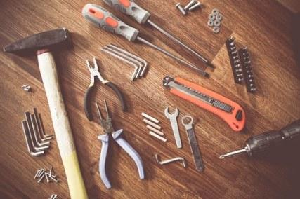 tools-864983__340