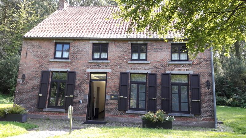 A quelques pas de chez vous…  La maison de Vincent van Gogh àCuesmes.